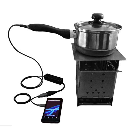 Hatsuden Nabe With Firebox Stove X on Military Solar Battery Charger